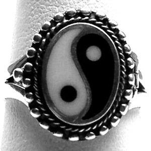 ☯️ Sterling Silver Yin Yang Poison / Locket Ring